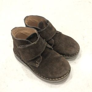 Kid Express Suede Chukka Boots—8